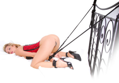 Pipedream Fetish Fantasy Rope Cuff & Tether Set